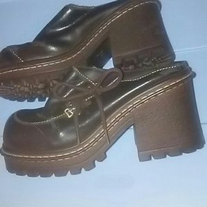Lei brown leather chunky mules Size 7